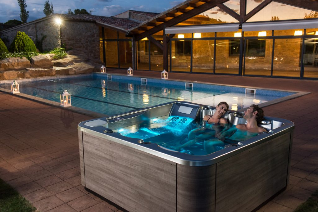 uk hot tub and spa